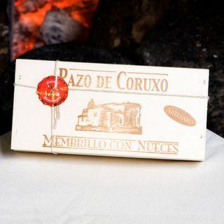 MEMBRILLO CON NUECES